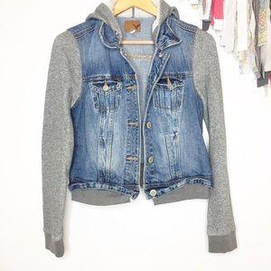 American Eagle hooded denim jacket medium